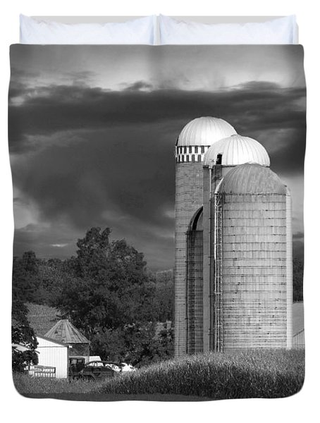 Sunset On The Farm Bw Duvet Cover