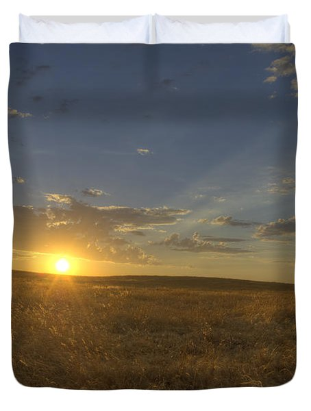 Sunset On The Prairie Duvet Cover by Jim And Emily Bush