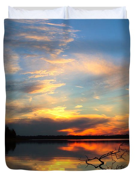 Duvet Cover featuring the photograph Sunset Over Calm Lake by Daniel Reed