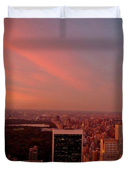 Sunset Over Central Park And The New York City Skyline Duvet Cover