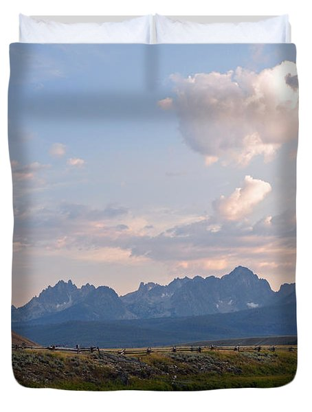 Sunset Over The Salmon River Duvet Cover