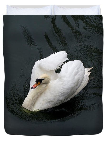 Duvet Cover featuring the photograph Swan On Black Water by Les Palenik