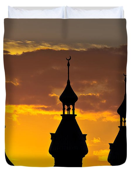 Duvet Cover featuring the photograph Tampa Bay Hotel Minarets At Sundown by Ed Gleichman