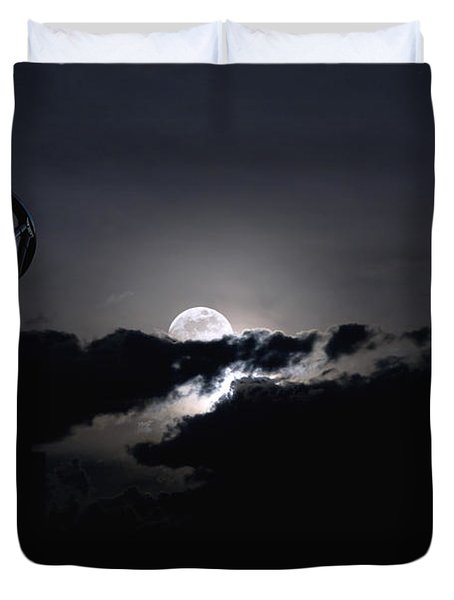 Telescope Pointed Out To The Night Sky Duvet Cover by Roth Ritter