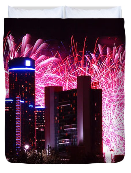 The 54th Annual Target Fireworks In Detroit Michigan Duvet Cover by Gordon Dean II