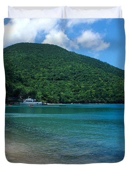 The Beach At Caneel Bay Duvet Cover by Kathy Yates