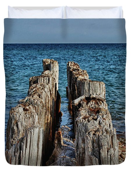 Duvet Cover featuring the photograph The Bones Of Superior by Rachel Cohen