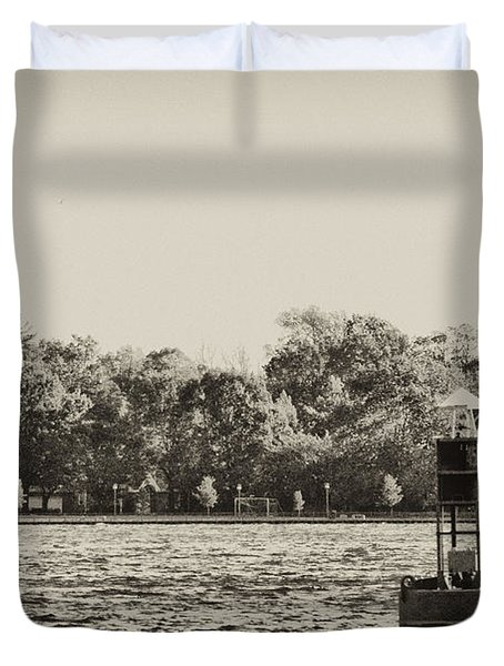 The Delaware River At Bristol Duvet Cover by Bill Cannon
