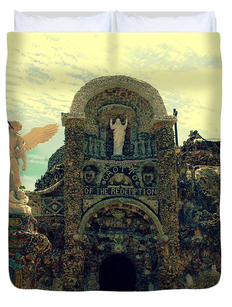 The Grotto In Iowa Duvet Cover by Susanne Van Hulst