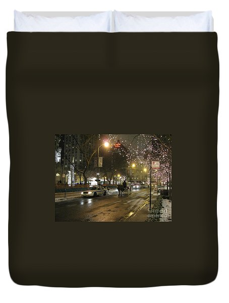 Duvet Cover featuring the photograph The Past Meets The Present In Chicago Il by Ausra Huntington nee Paulauskaite