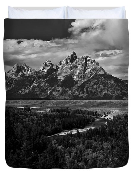 The Tetons - Il Bw Duvet Cover by Larry Carr