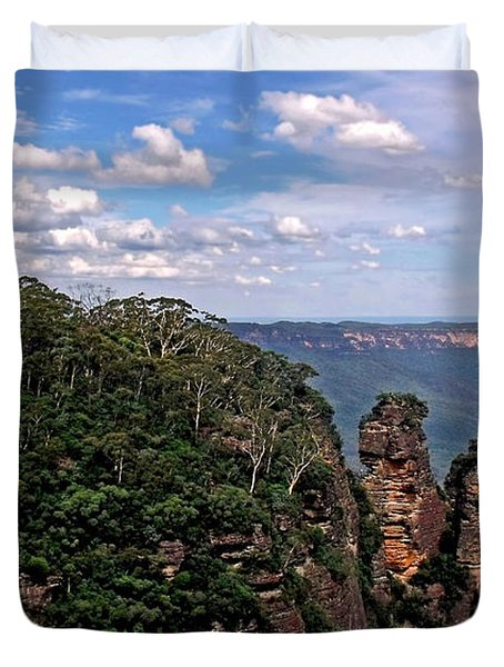 The Three Sisters - The Blue Mountains Duvet Cover by Kaye Menner