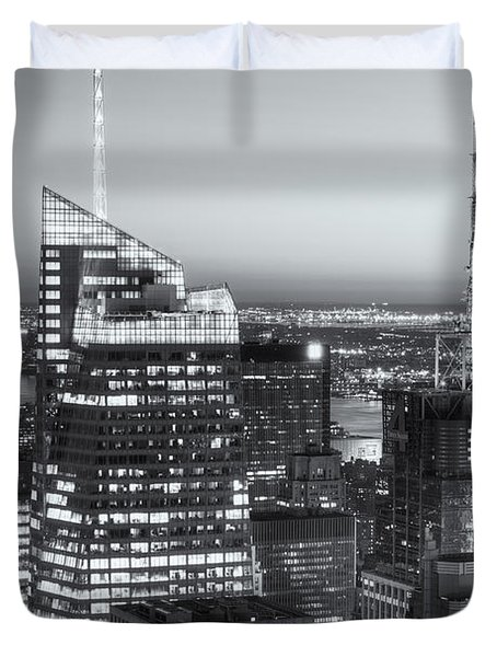 Top Of The Rock Twilight Vii Duvet Cover by Clarence Holmes