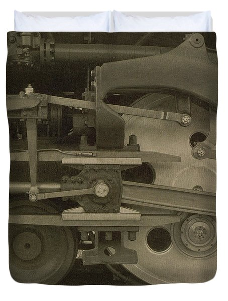 Train Wheels Duvet Cover by Photo Researchers