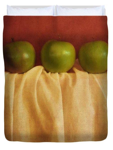 Trois Pommes Duvet Cover by Priska Wettstein