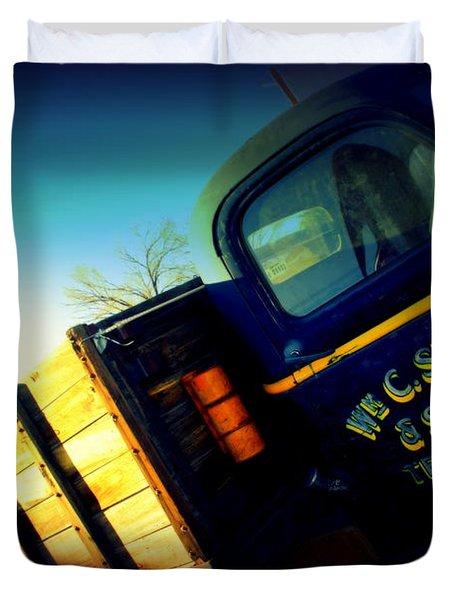 Truck On Route 66 Duvet Cover by Susanne Van Hulst