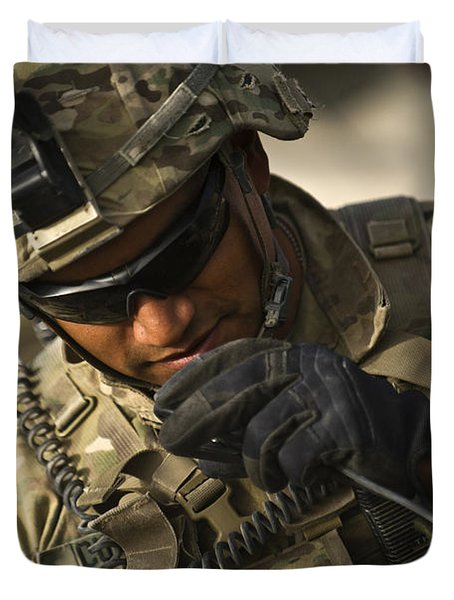 U.s. Army Soldier Communicates Duvet Cover by Stocktrek Images