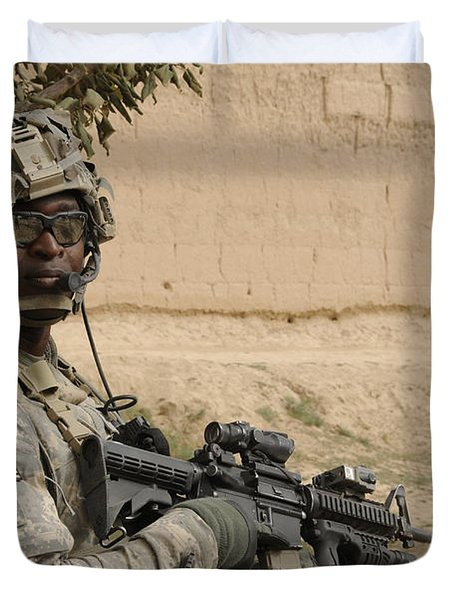 U.s. Army Soldier Scans His Area While Duvet Cover by Stocktrek Images