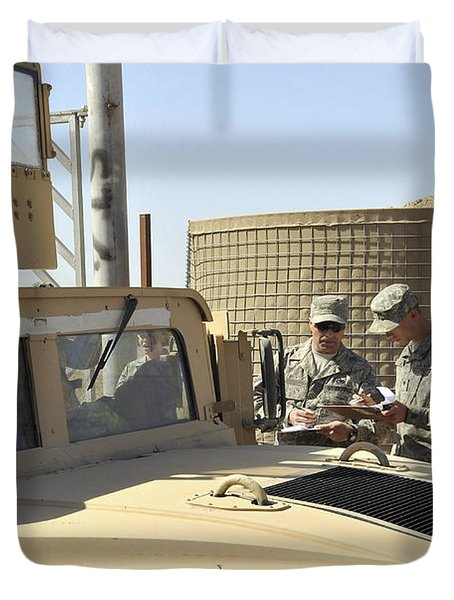 U.s. Army Soldiers Take Accountability Duvet Cover by Stocktrek Images