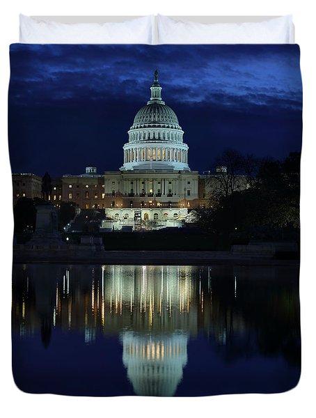 Us Capitol - Pre-dawn Getting Ready Duvet Cover