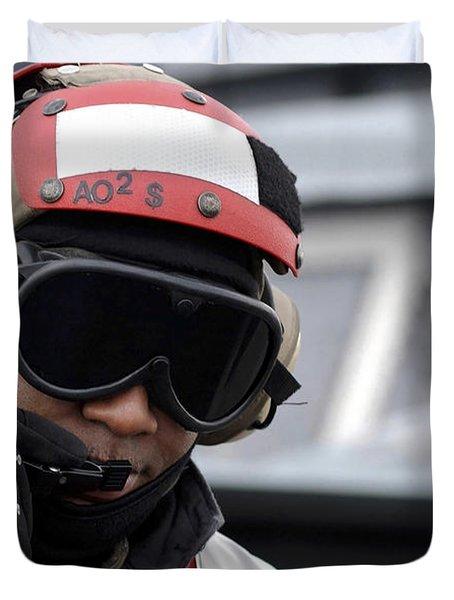 U.s. Navy Aviation Ordnanceman Reports Duvet Cover by Stocktrek Images