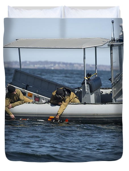 U.s. Sailors Deploy An Unmanned Duvet Cover by Stocktrek Images