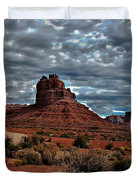 Valley Of The Gods II Duvet Cover by Robert Bales