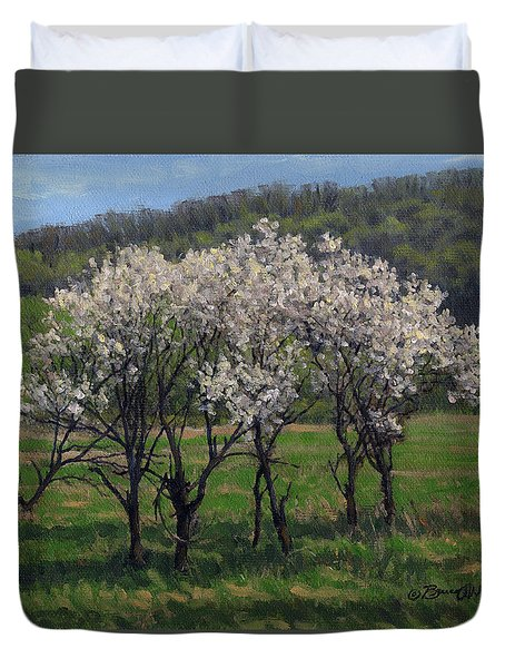 Valley Plum Thicket Duvet Cover