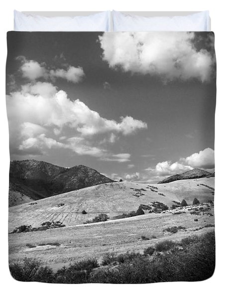 Duvet Cover featuring the photograph View Into The Mountains by Kathleen Grace