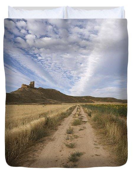 View Of A Castle Duvet Cover by Paul Maeyaert