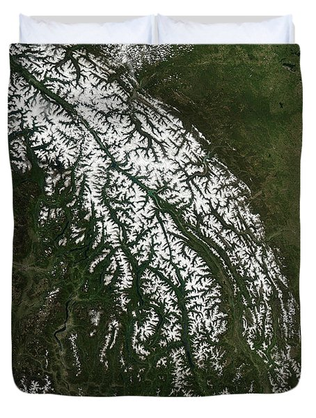 View Of The Rocky Mountains Duvet Cover by Stocktrek Images