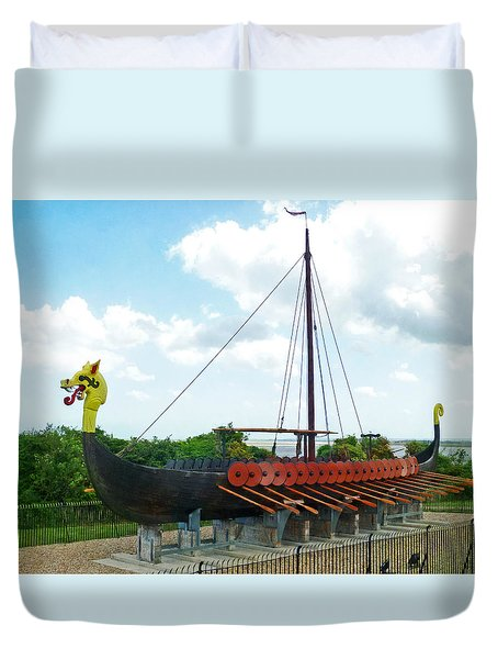 Duvet Cover featuring the photograph Viking Bay In Broadstairs In England by Steve Taylor
