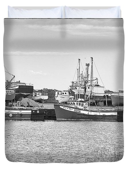 Duvet Cover featuring the photograph Waiting by Eunice Gibb