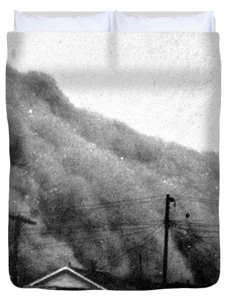Wall Of Dust, Kansas, 1935 Duvet Cover
