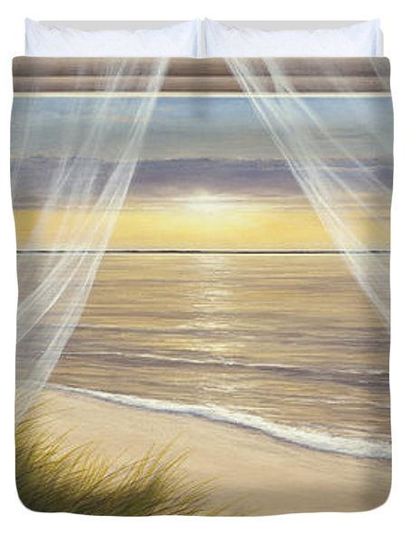 Warm Breeze Panoramic View Duvet Cover