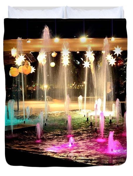 Water Fountain With Stars And Blue Green With Pink Lights Duvet Cover