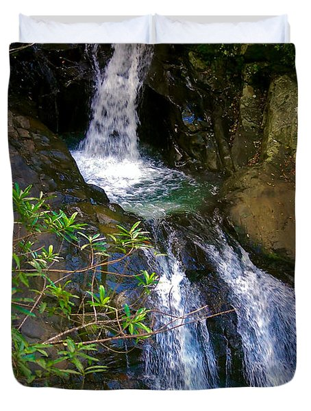 Waterfall In The Currumbin Valley Duvet Cover