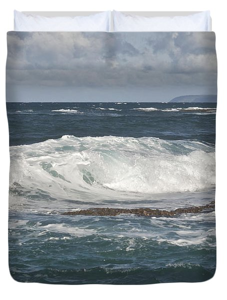 Waves Breaking 7952 Duvet Cover by Michael Peychich