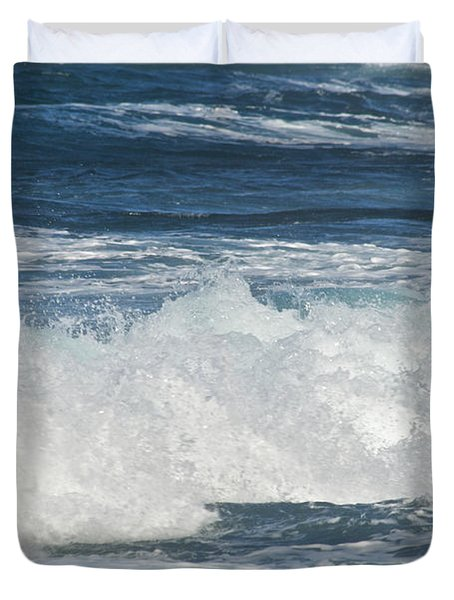 Waves Breaking 7964 Duvet Cover by Michael Peychich