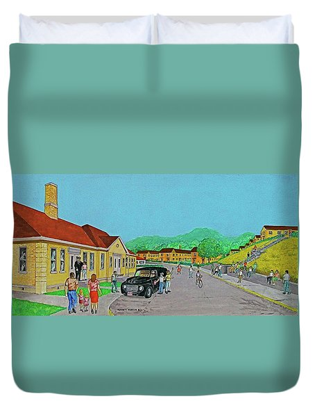 Wayne Hills 1948 Duvet Cover by Frank Hunter