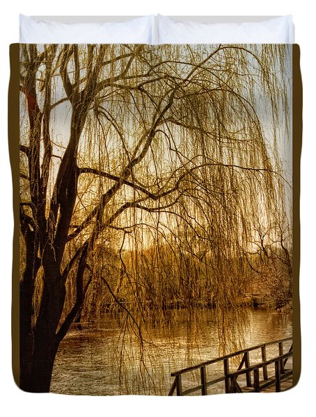 Duvet Cover featuring the photograph Weeping Willow And Bridge by Barbara Middleton