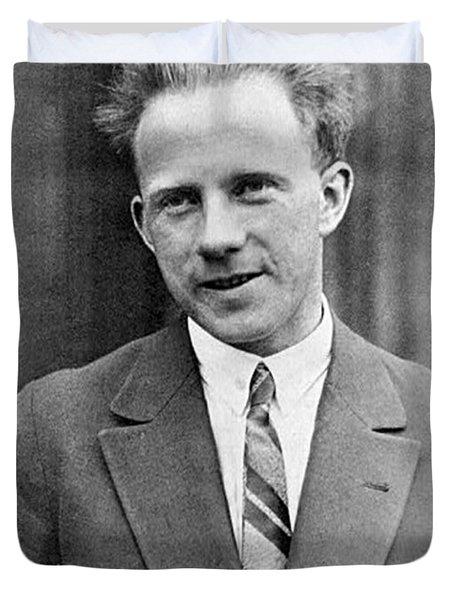 Werner Heisenberg, German Theoretical Duvet Cover
