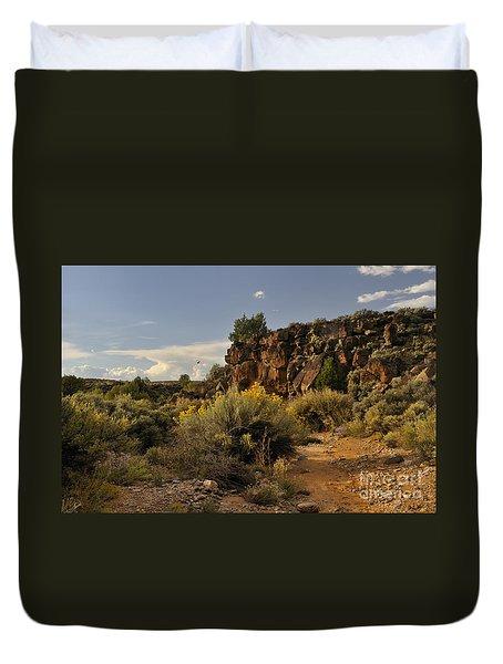 Westward Across The Mesa Duvet Cover