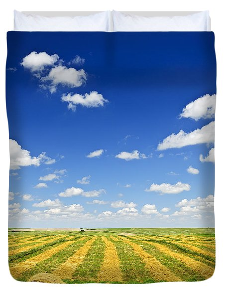 Wheat Farm Field At Harvest Duvet Cover by Elena Elisseeva