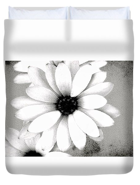 Duvet Cover featuring the photograph White Daisy by Tammy Espino