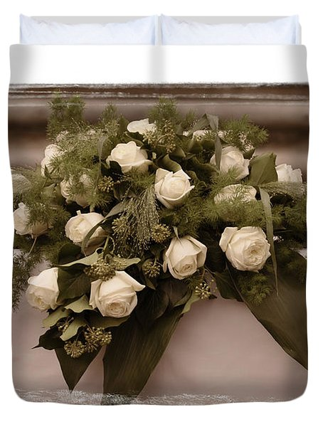 White Roses For The Wedding Duvet Cover by Mary Machare