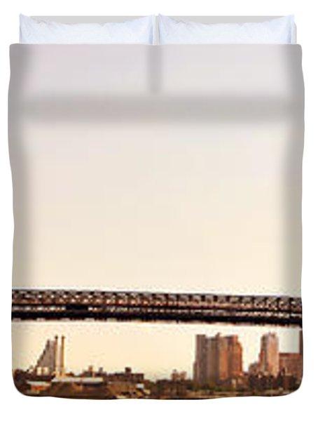 Williamsburg Bridge And The New York City Skyline Panorama Duvet Cover by Vivienne Gucwa