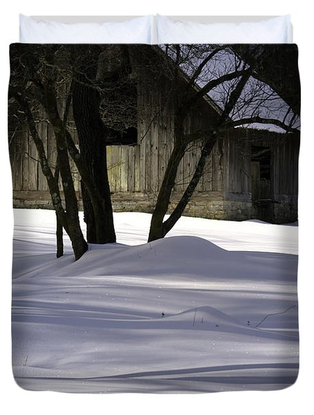 Winter Barn Duvet Cover by Rob Travis