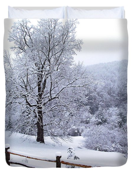 Winter Tree And Fence In The Valley Duvet Cover