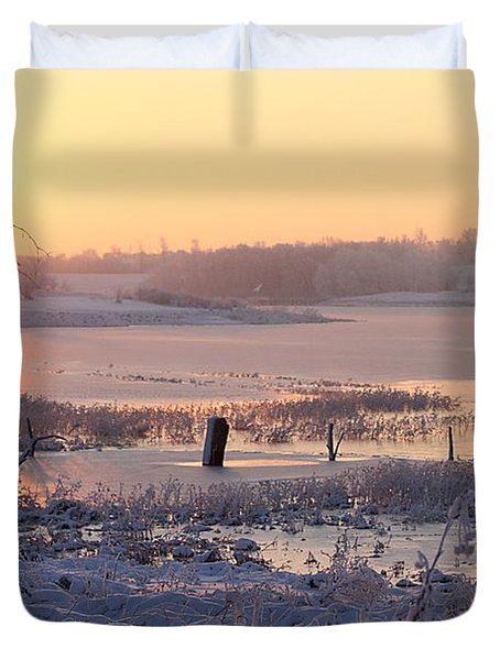 Duvet Cover featuring the photograph Winter's Morning by Elizabeth Winter